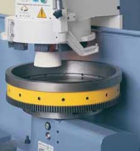 Berco STC361 Rotary table with flywheel